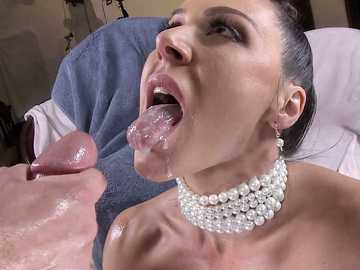 Break the Internet Kendra Lust 2